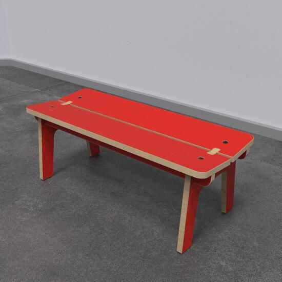 Op deze afbeelding ziet u kindermeubel buxus kinderbank rood