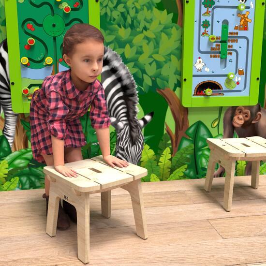 Op deze afbeelding ziet u kindermeubel buxus kinderkrukje hout
