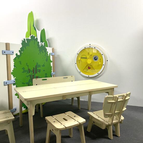 Leuke toevoeging aan een wachtruimte of kinderhoek, een wandspel voor het tonen van emoties